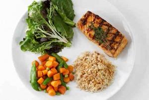 5.-Eat-lighter-samplings-of-different-foods